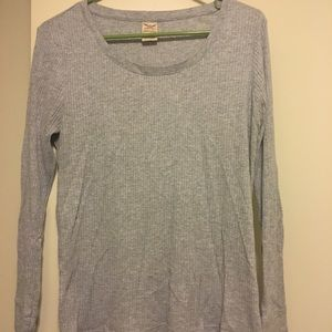 Grey fitted sweater
